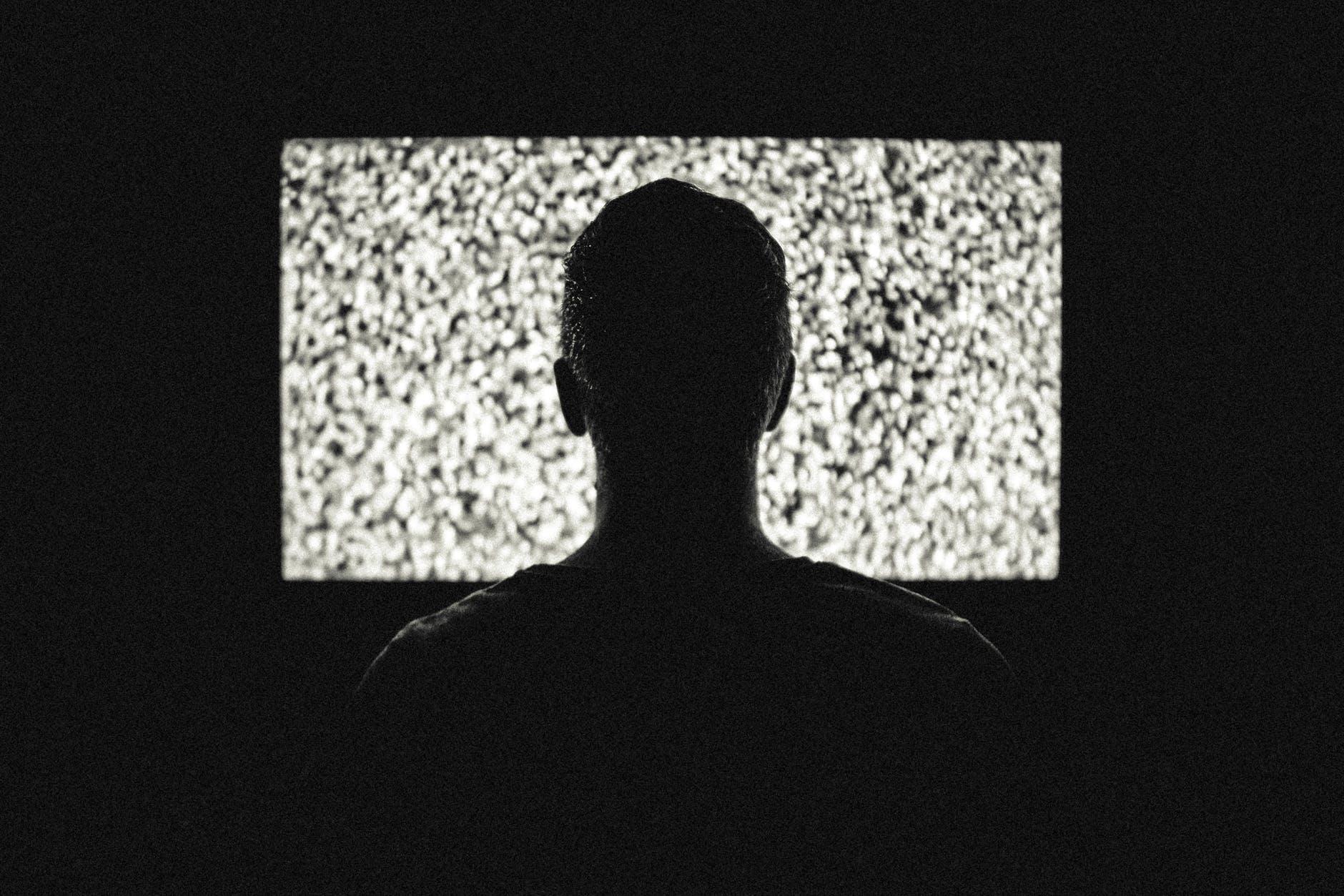 reclamele la tv se aud prea tare